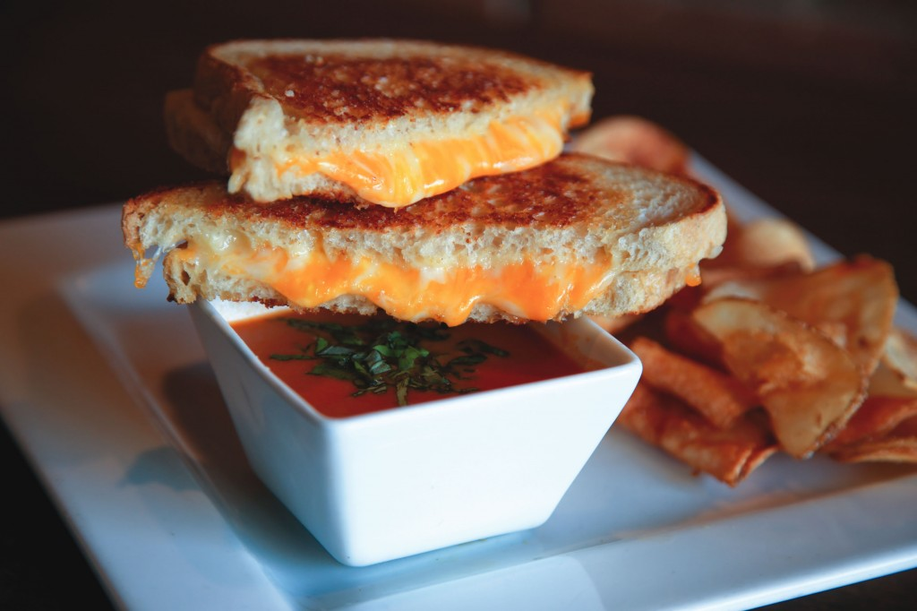 LBM_45_WD_Grilled Cheese_Hennesseys_By Jody Tiongco-24