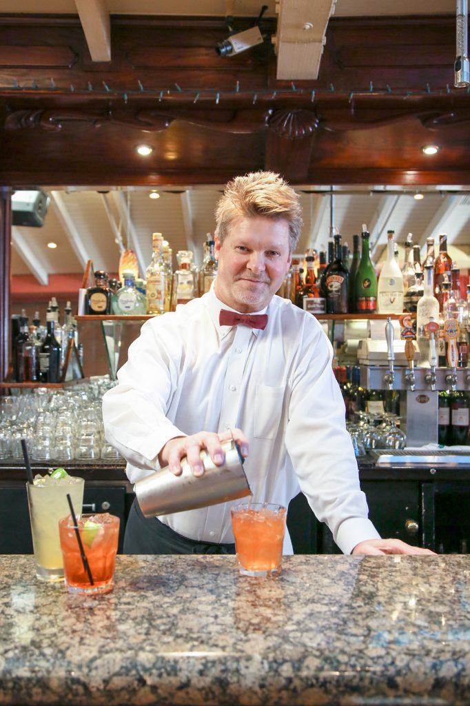 LBCG_Bartenders_John_White House_By Jody Tiongco-15