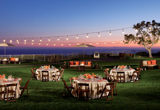 Set Atop A 150 Foot Bluff Overlooking The Ocean Ritz Carlton S Stunning Location Combines With An Experienced Staff To Make Each Wedding Unique Event